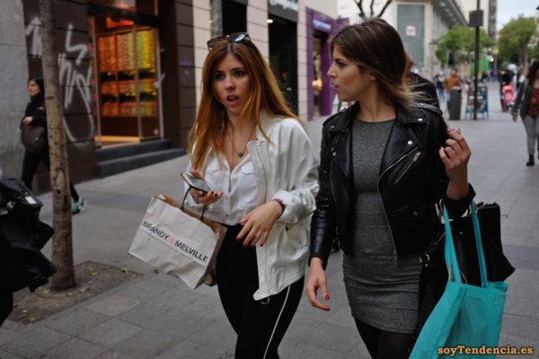 cazadora blanca chaqueta amarilla zara negra soyTendencia Madrid street style
