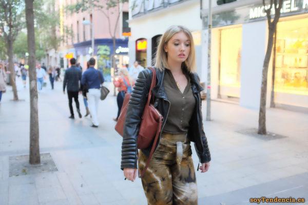 cazadora mangas acolchadas soyTendencia Madrid street style