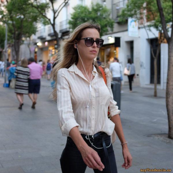 blusa blanca manga larga cinturón muy largo lazo soyTendencia Madrid street style