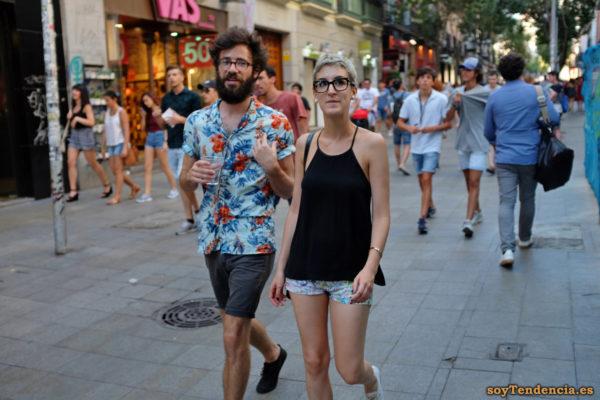 camisa azul de flores camiseta tirantes short soytendencia madrid street style
