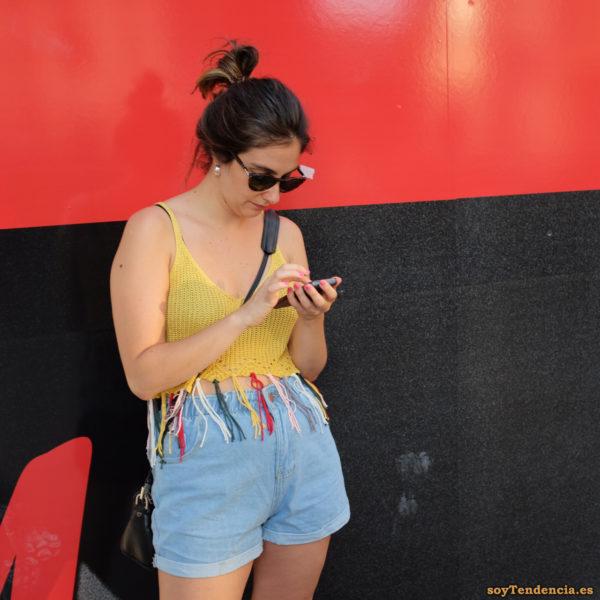 top de punto con flecos rojo y negro soytendencia madrid street style