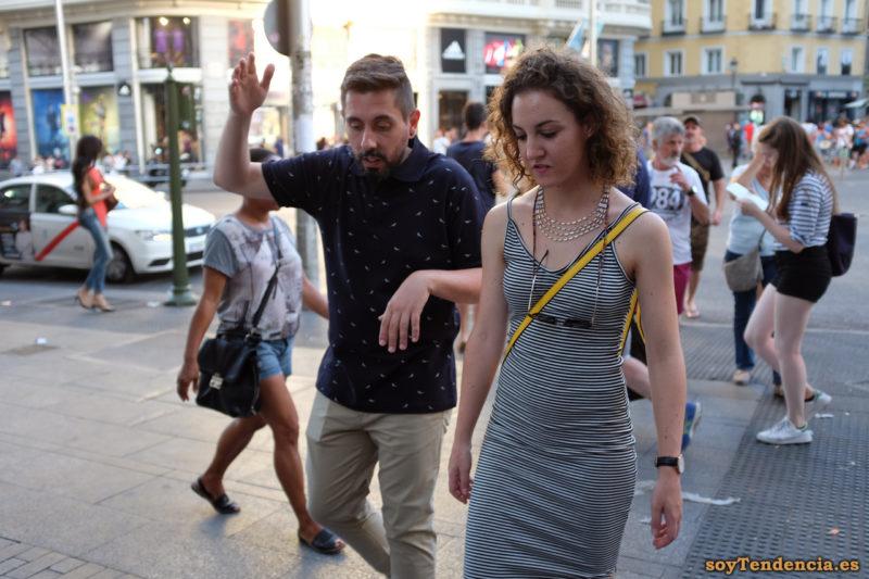 vestido largo de rayas horizontales camisa pajaros soytendencia madrid street style