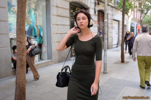 vestido punto largo verde bolso soytendencia madrid street style