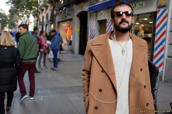 abrigo solapas grandes hombre colgante etnico soytendencia madrid street style