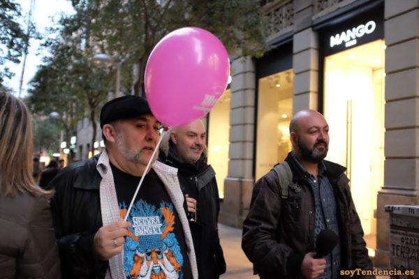 camiseta Negura Bunget globo microfono soyTendencia Madrid street style