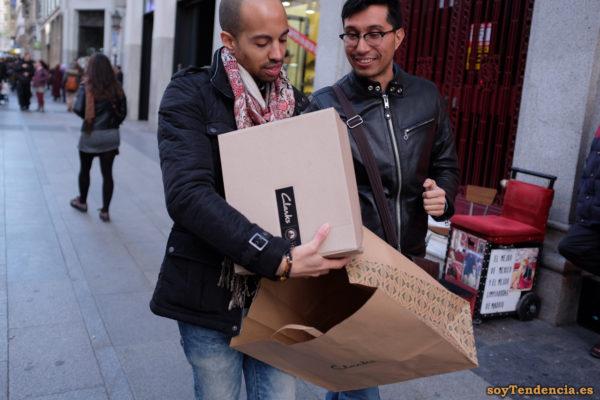 cazadora negra anorak corto comprar zapatos Clarks soyTendencia Madrid street style