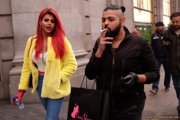 chaqueta amarilla pelo rojo compras by mare shoes guantes soyTendencia Madrid street style