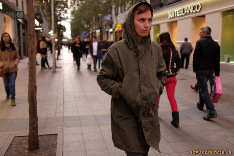 trenca abrigo chaquetón grande capucha soyTendencia Madrid street style