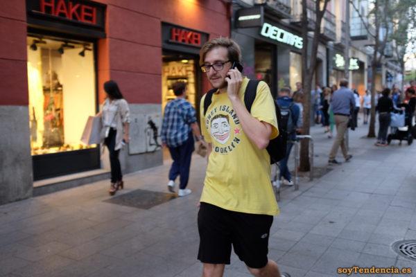 camiseta Coney Island Brooklyn amarilla soyTendencia Madrid street style