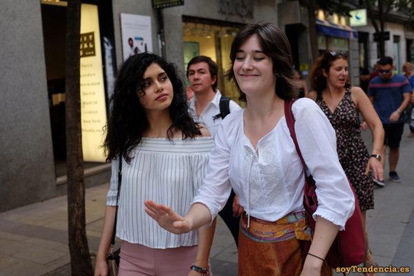blusa bordada cordones falda lazo cintura soyTendencia Madrid street style
