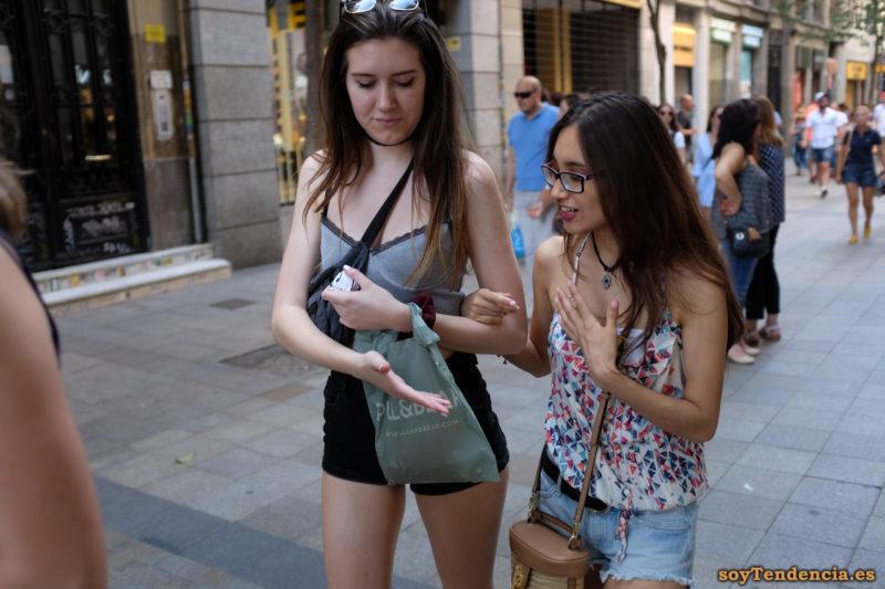 camiseta con volantes triángulos short vaquero soyTendencia Madrid street style