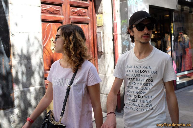camiseta Sun and rain Fall in love on the pavement sunday soyTendencia Madrid street style