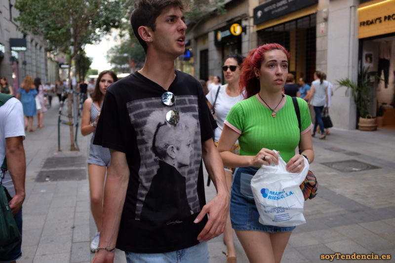 camiseta de canelé verde manzana negra soyTendencia Madrid street style