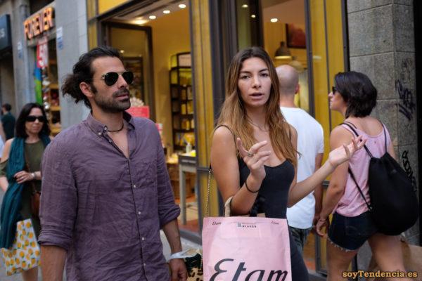 vestido ajustado azul oscuro de compras en Etam soyTendencia Madrid street style